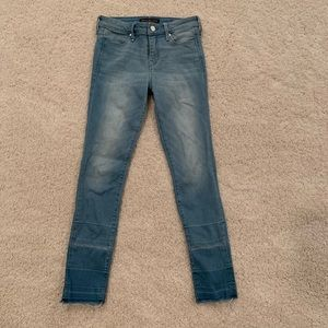 Abercrombie and Fitch super skinny ankle jean